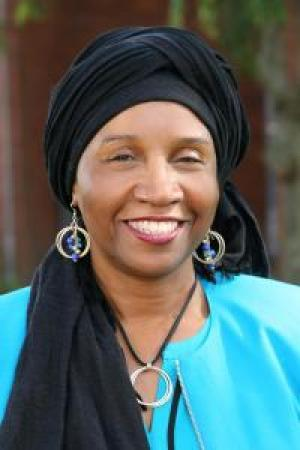 Headshot of Carolyne Abdullah